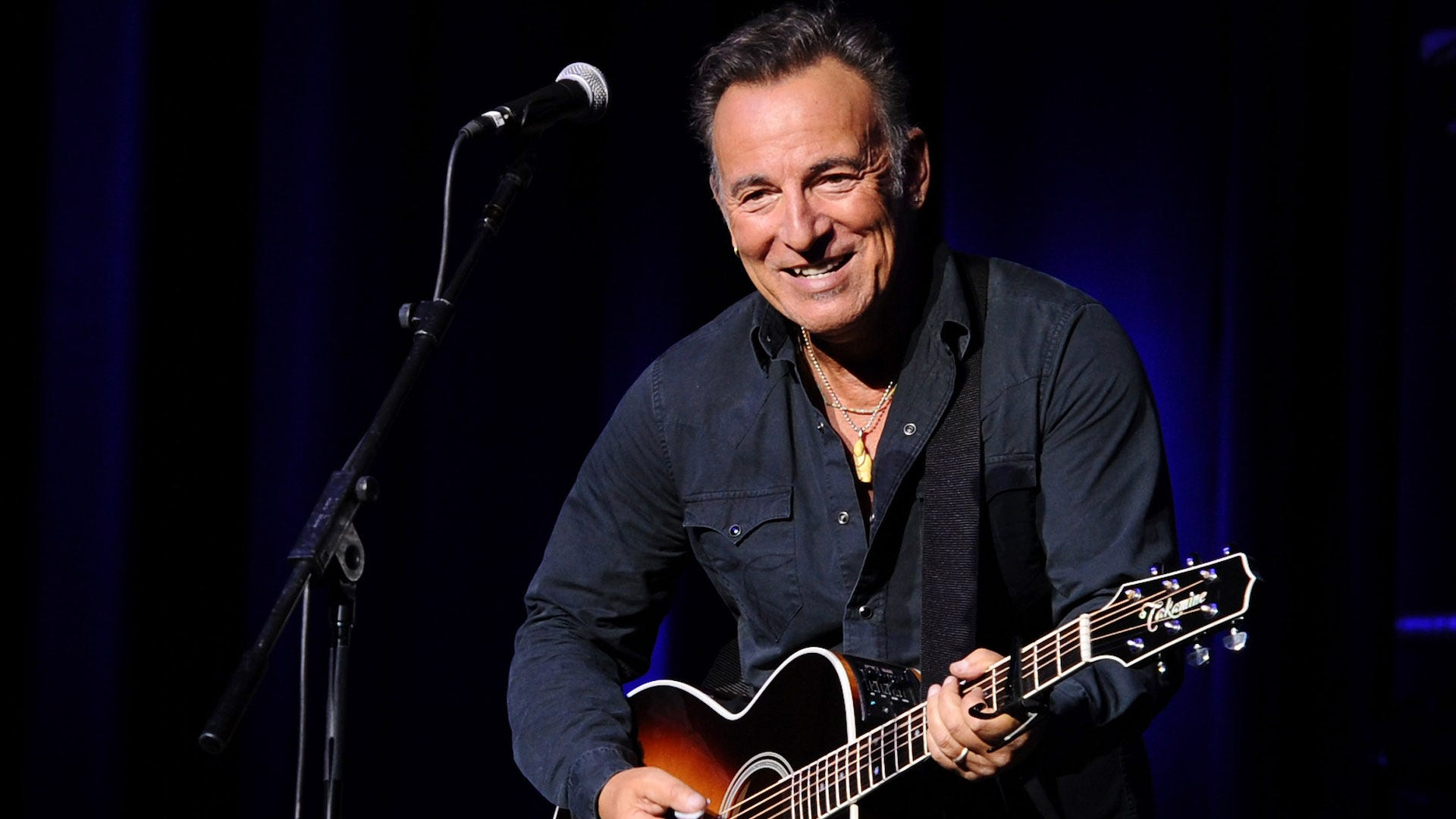 We finally know what Mary's dress does in Bruce Springsteen's 'Thunder Road'