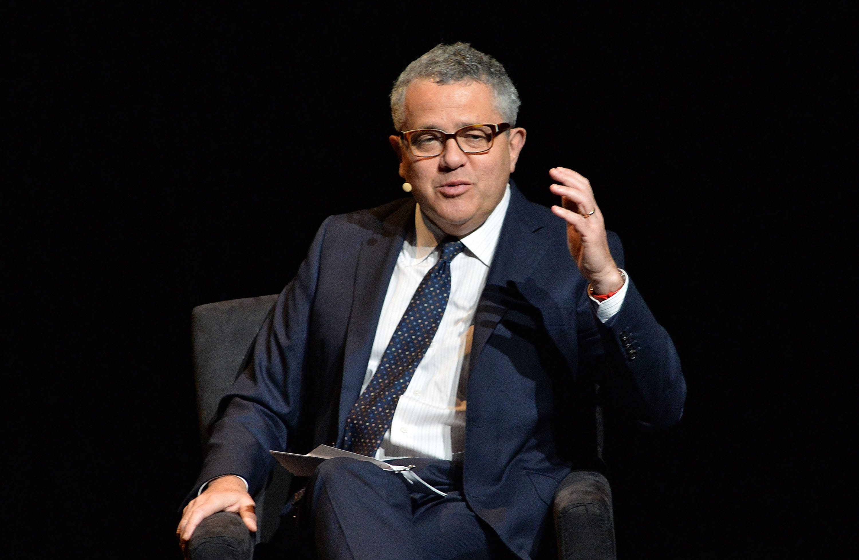 New Yorker suspends writer, CNN analyst Jeffrey Toobin for exposing himself on Zoom