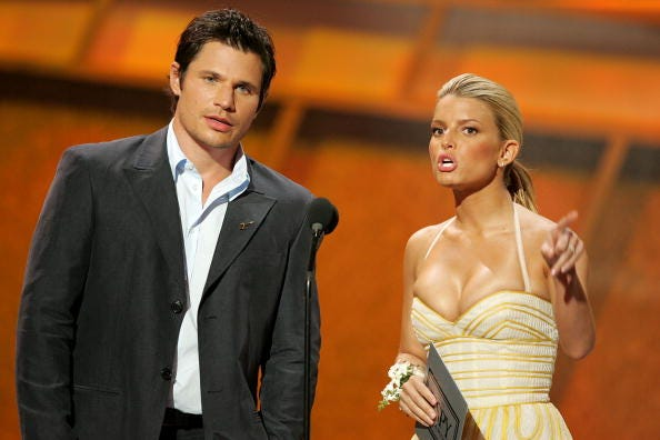 Jessica Simpson regrets not having signed a prenup with Nick Lachey