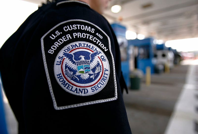 Customs and Border Protection officer at Peace Bridge in Buffalo(Photo by Robert Nickelsberg/Getty Images)