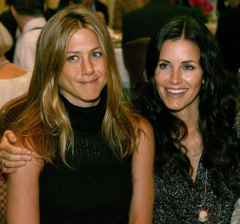 jennifer aniston and courteney cox at 2006 luncheon