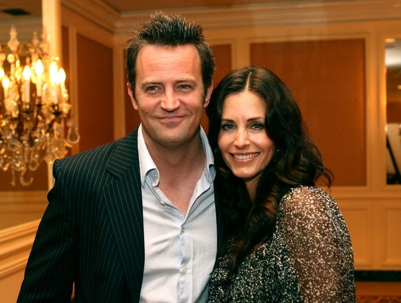 matthew perry and courteney cox in 2006