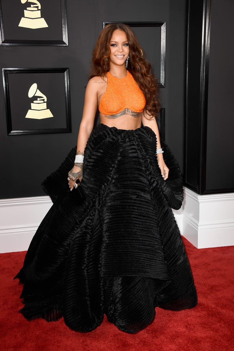 rihanna on red carpet at grammy's