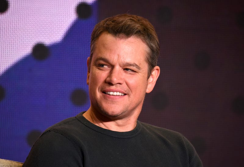 matt damon smiling on stage