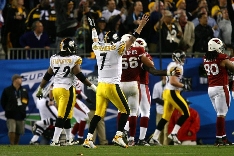 Ben Roethlisberger celebrating the Steelers' go-ahead touchdown in Super Bowl XLIII