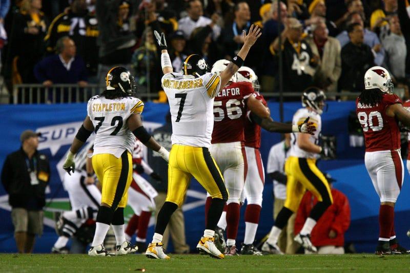 Ben Roethlisberger celebrating the Steelers' go-ahead touchdown in Super Bowl XLIII