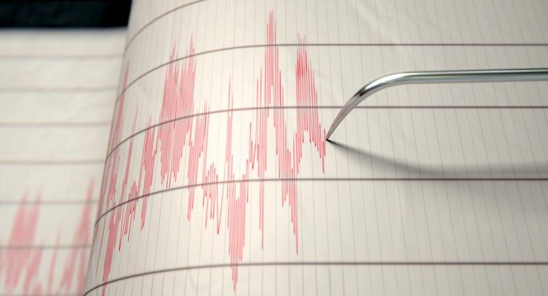 A magnitude 3.4 earthquake struck the coast of Santa Cruz.