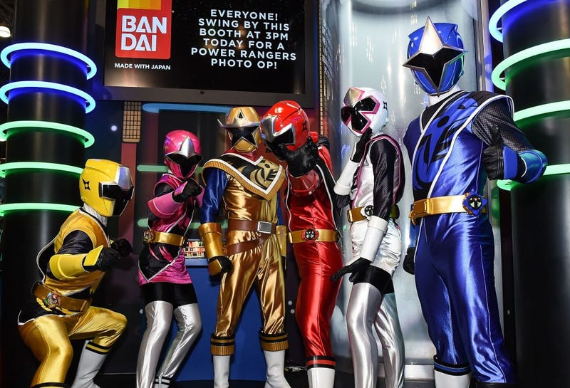 Saban Power Rangers pose with fans during New York Comic Con 2017 Day - 2 on October 6, 2017 in New York City.