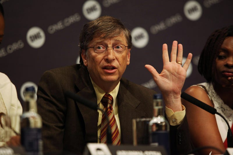 bill gates makes pledging motion
