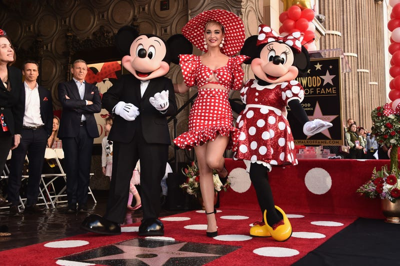 katy perry with minnie and mickey mouse
