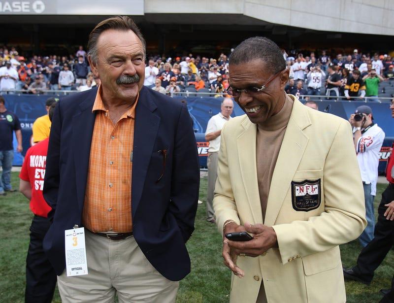 KU mourns the loss of a Jayhawk football legend