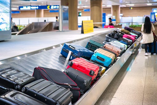 Watch This Woman's 'Genius' Trick to Avoid Baggage Fees