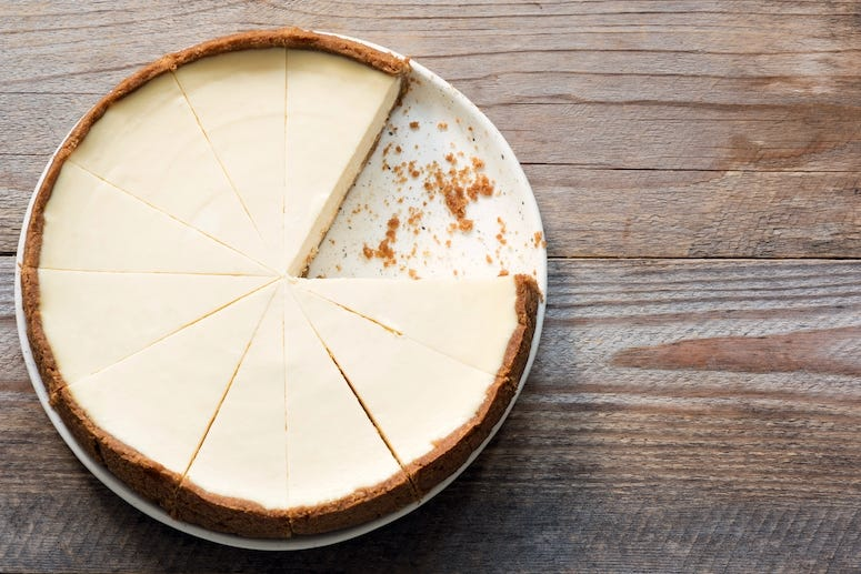 Cheesecake, Tin, Wooden Table