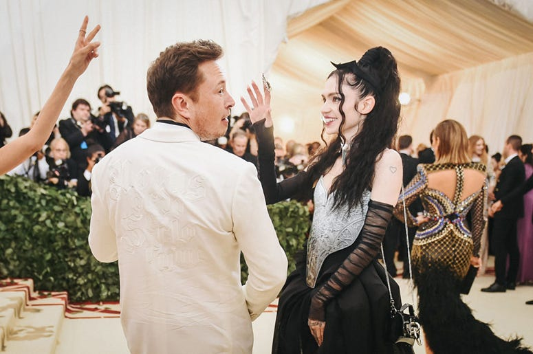 Elon Musk and Grimes, totally normal humans