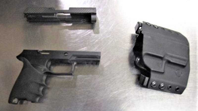 Unloaded 9mm handgun found at Pittsburgh International Airport