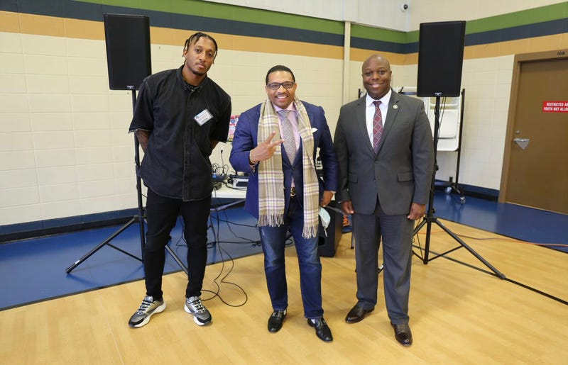 Pictured froPictured from left to right; Lecrae, Dr. Rashad Richey and GA Department of Juvenile Justice Director Tyrone Oliverm left to right; Lecrae, Dr. Rashad Richey and GA Department of Juvenile Justice Director Tyrone Oliver