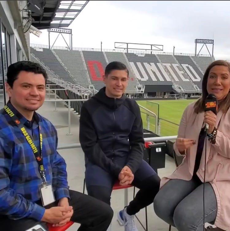 Mauricio El Colombiano, Joseph Mora y Patricia De Lima