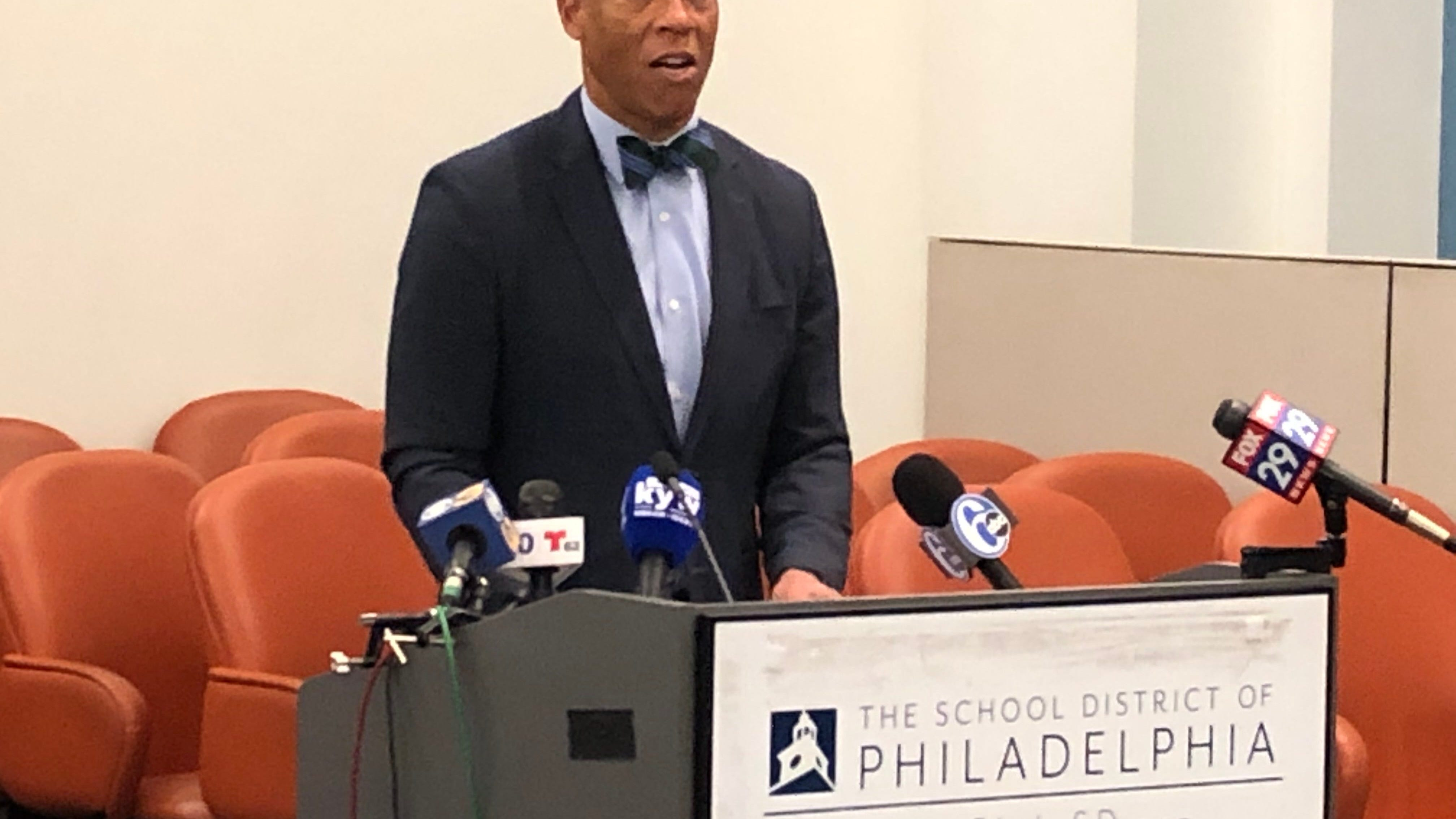 With his contract nearing end, Hite focuses on Philly students this summer