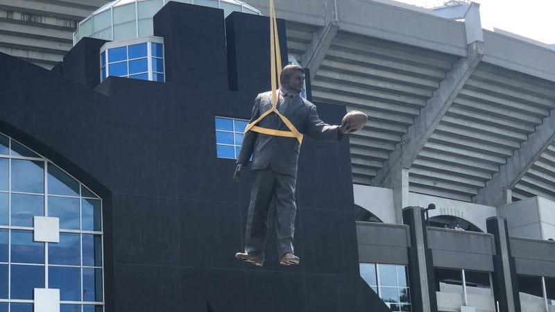 Jerry Richardson Statue Being Taken Down
