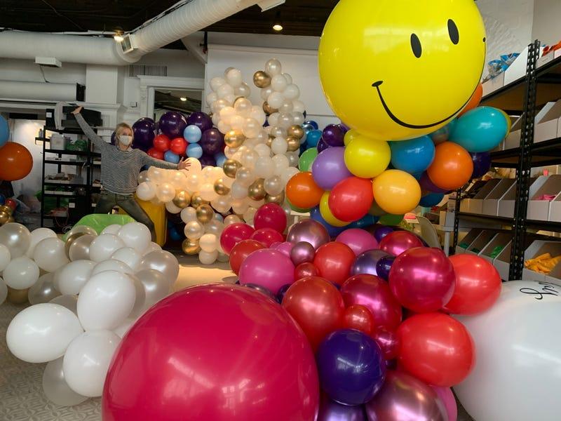 Elaine Frei, Luft Balloons