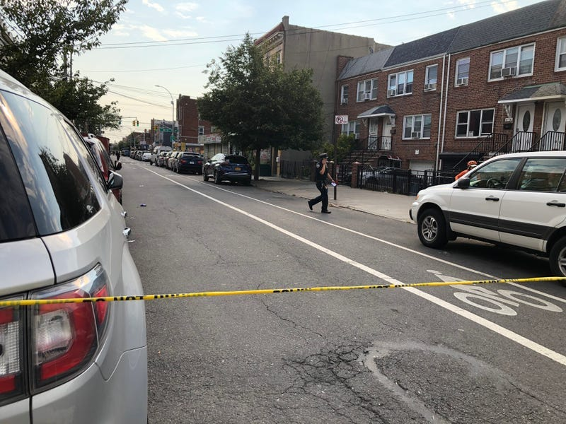 2 men killed minutes apart in Brooklyn, over a dozen wounded in overnight NYC shootings