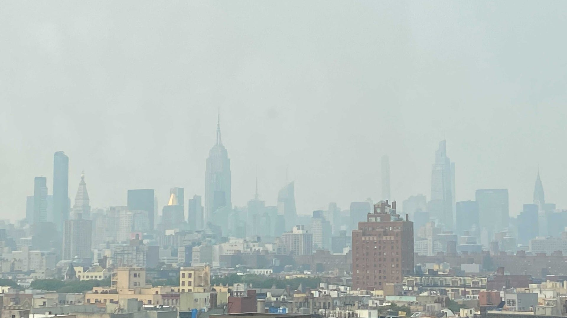 NYC sees hazy skies, worst air quality in years due to West Coast wildfires