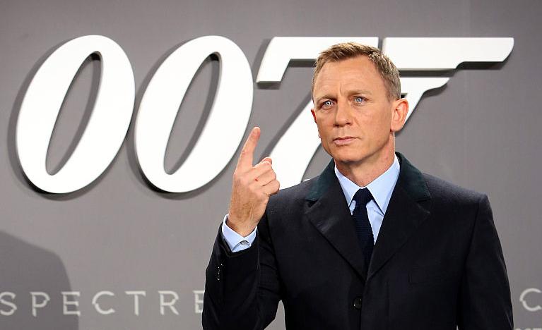 """Daniel Craig at the """"James Bond"""" premiere"""