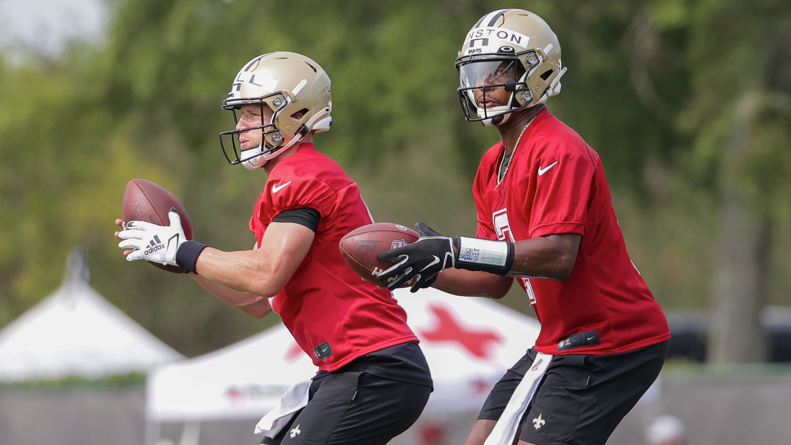Saints 2021 training camp observations, Day 2: Taysom Hill sticks on 1st team & where's the leg?