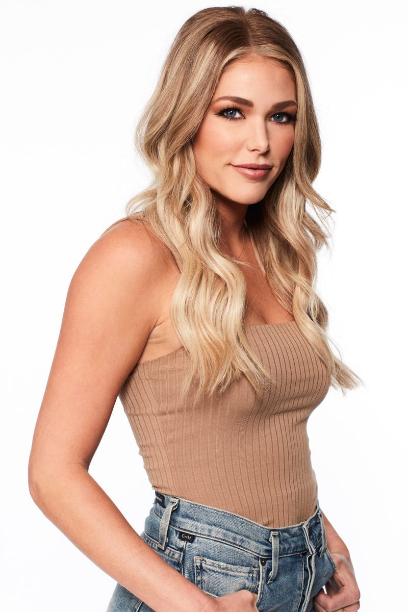 Kelsey, Bachelor contestant