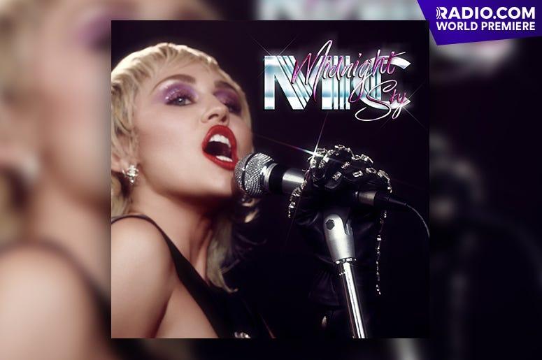 Miley Cyrus World Premiere: 'Midnight Sky'