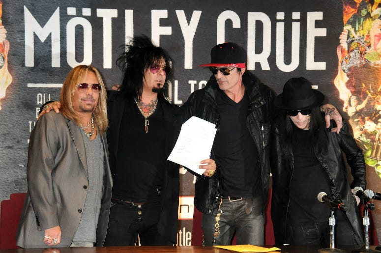 Mötley Crüe Releases New Song and Tracklist for 'The Dirt