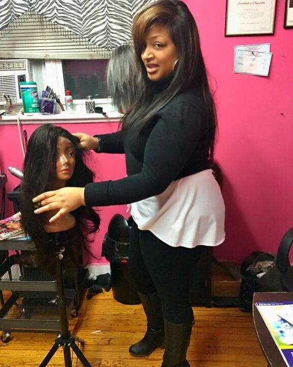 Myisha Stratton styling a wig