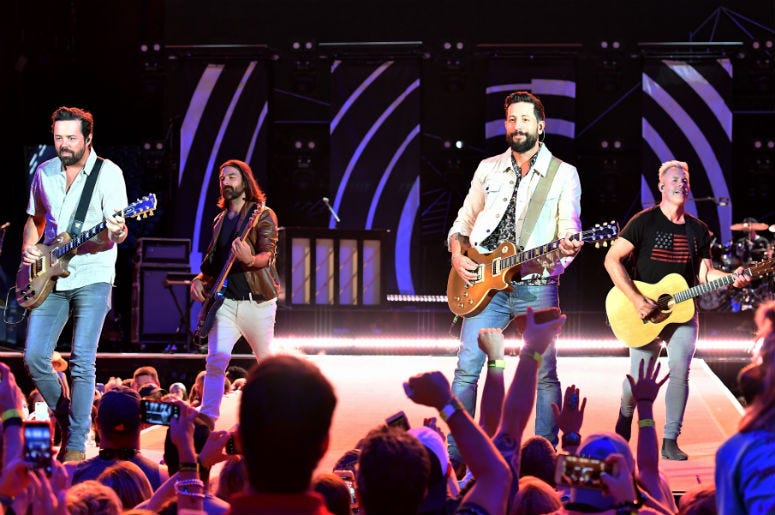 Old Dominion Give Fans