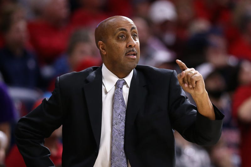 JANUARY 29: Head coach Lorenzo Romar of the Washington Huskies reacts during the first half of the college basketball game against the Arizona Wildcats at McKale Center on January 29, 2017 in Tucson, Arizona. (Photo by Christian Petersen/Getty Images)​