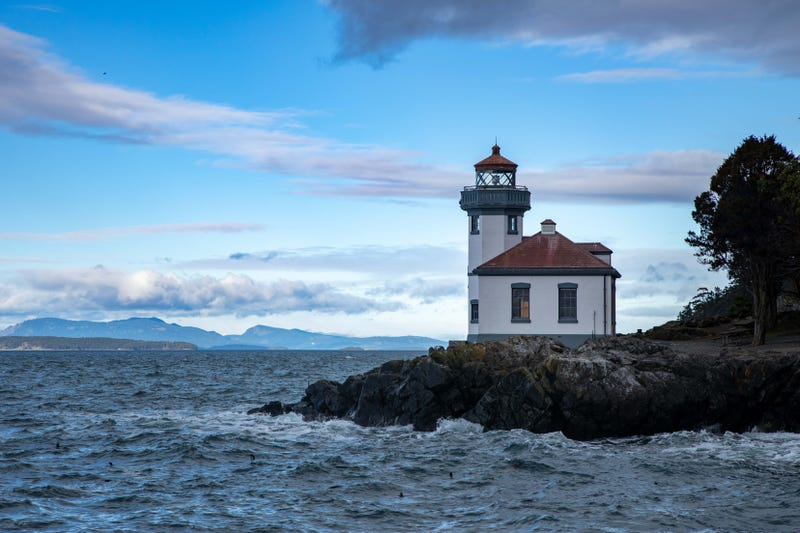 The lighthouse at Lime Kiln State Park