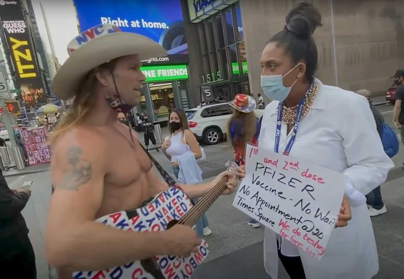 VIDEO: Times Square 'vaccine hawker' honored after 1010 WINS tip