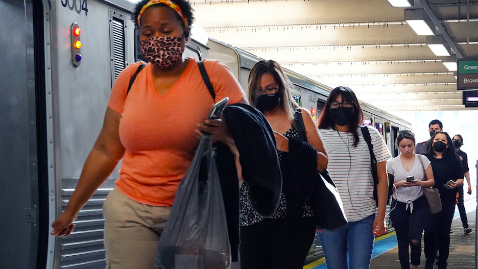 CTA says mask requirement still stands