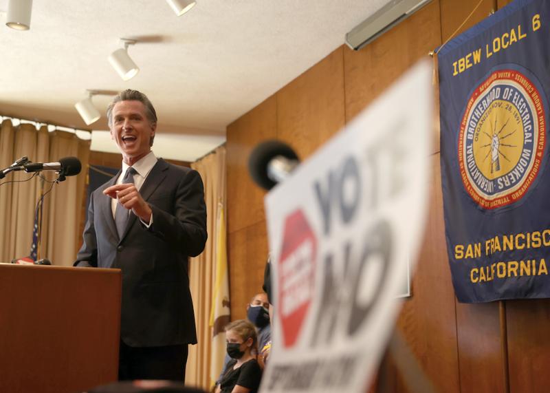 Gavin Newsom campaigns during recall effort
