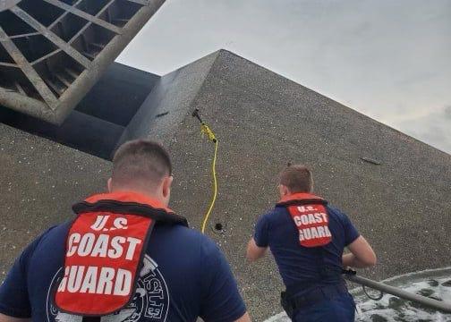 Coast Guard to hold Louisiana hearing on capsized lift boat