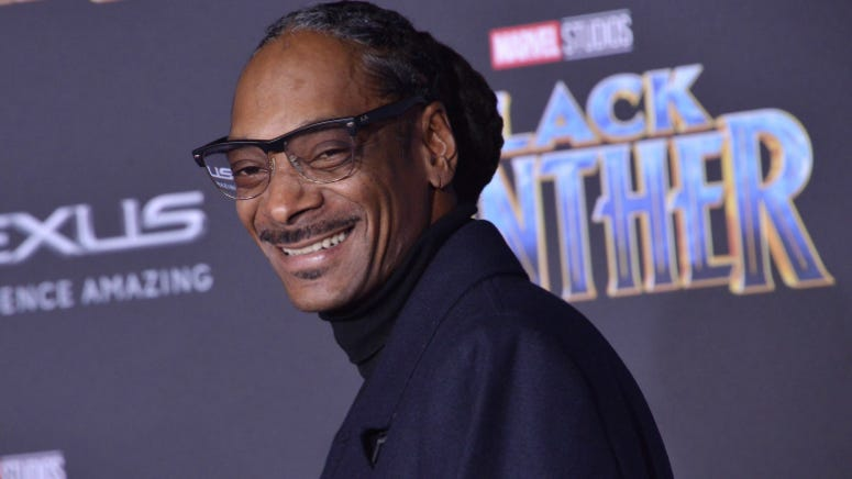 Snoop Dogg Makes It Into the Guinness Book of World Records
