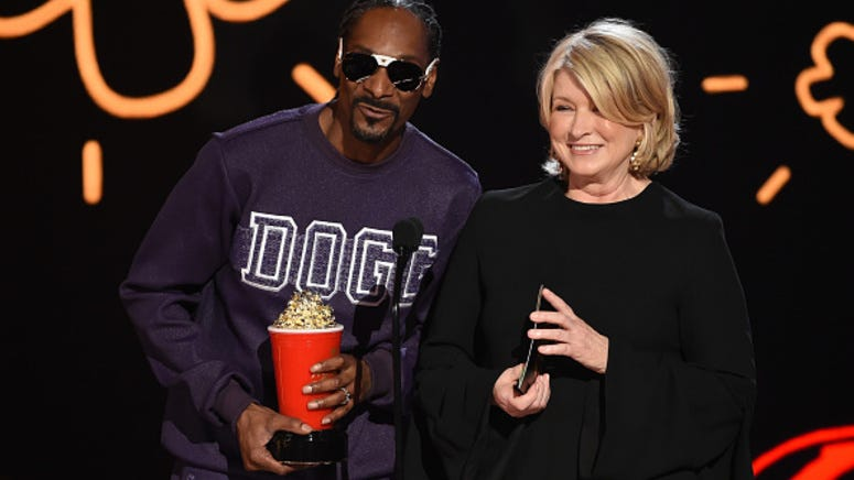 Snoop Dogg and Martha Stewart reunite for a new Halloween cooking show