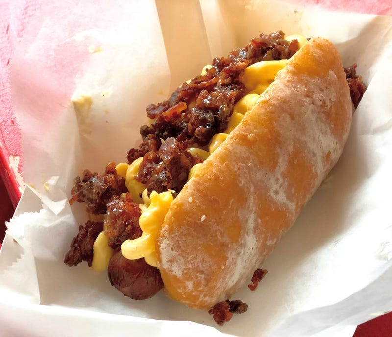 donut hot dog with mac and cheese and bacon