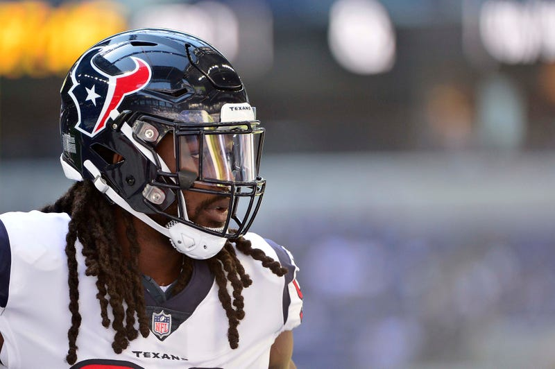 Jadeveon Clowney will be making his Seahawks debut Sunday.