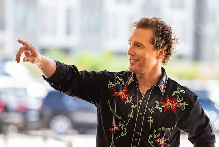 Matthew McConaughey talks to a crowd