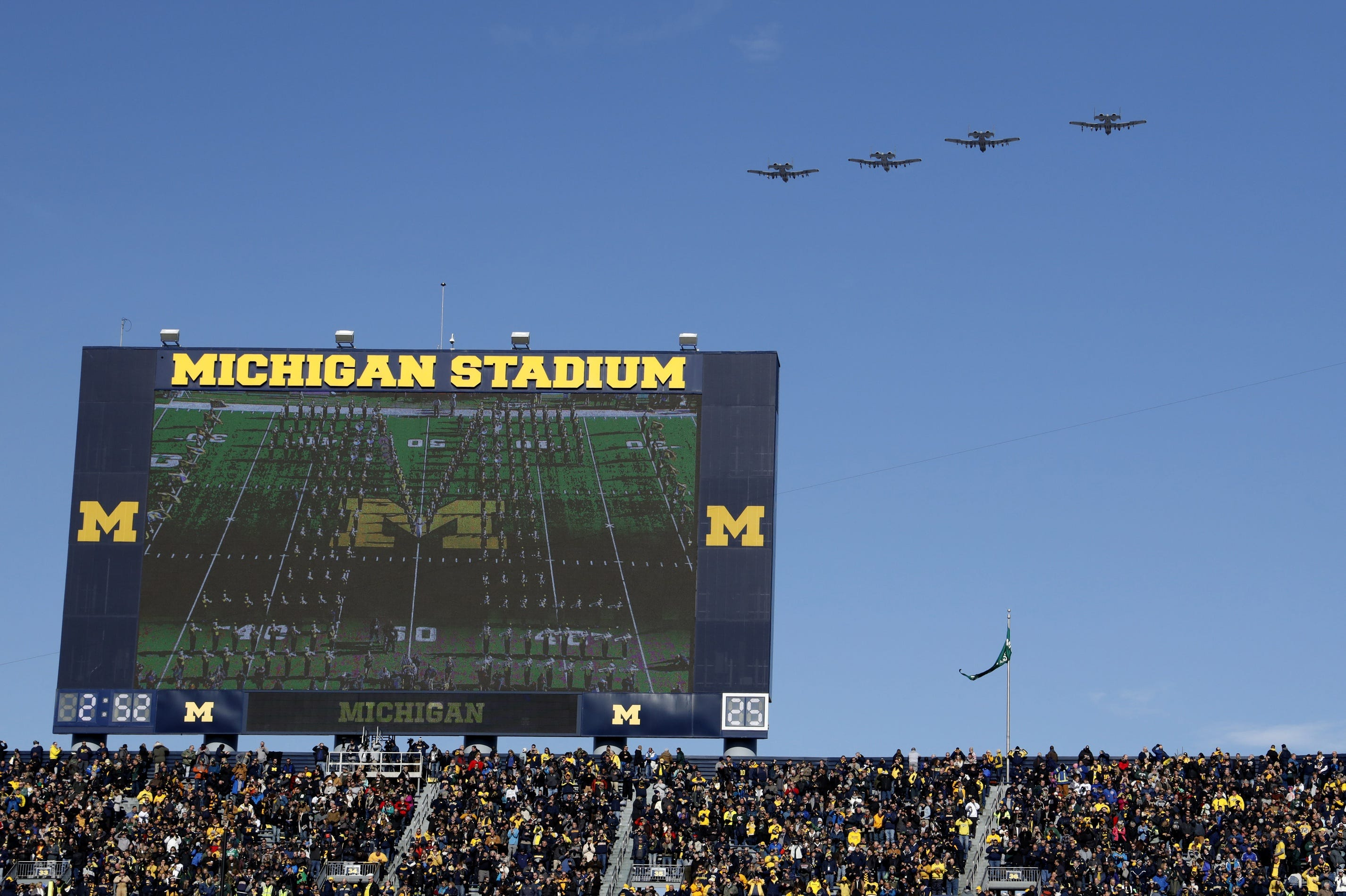 Big Ten Football Expected To Proceed Without Michigan And Michigan State