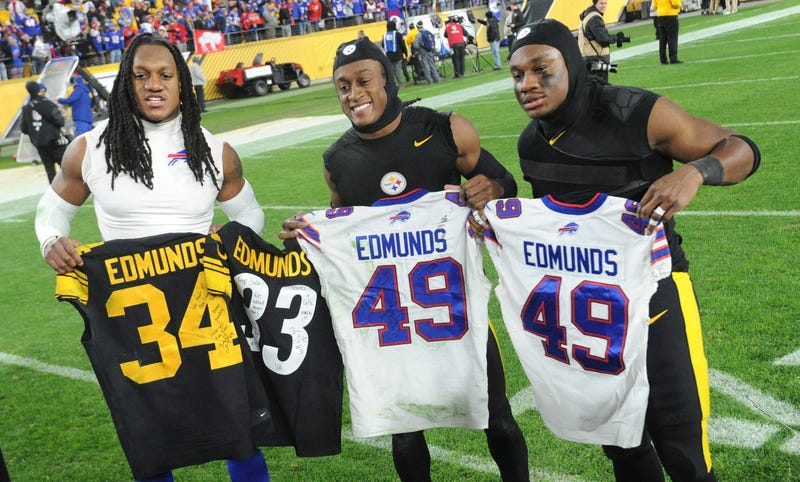 Trey Edmunds with his brothers