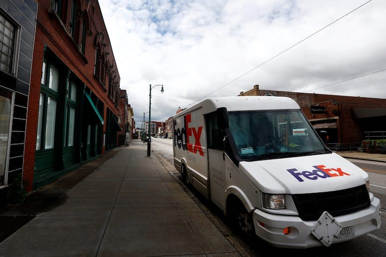 FedEx Truck, Parked, Street, 2020