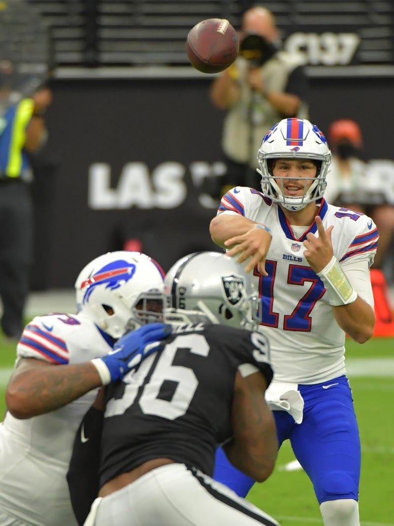 PHOTOS: Bills-Raiders in Vegas