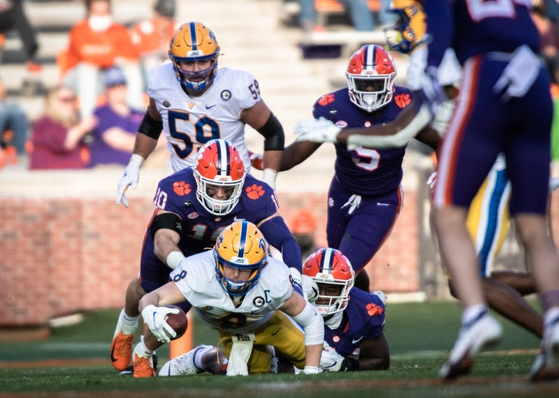Kenny Pickett tackled by Clemson