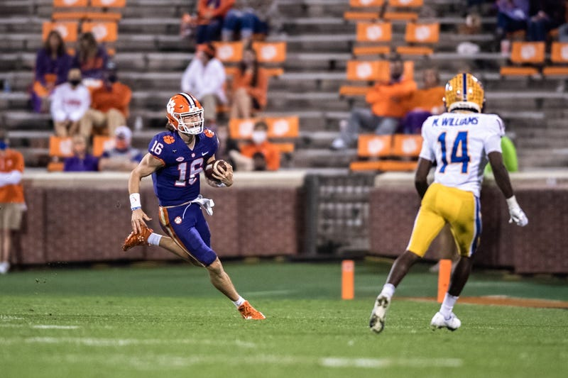 Clemson quarterback Trevor Lawrence(16) runs the ball during the third quarter against Pittsburgh at Memorial Stadium.